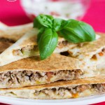 Quesadillas z mięsem mielonym