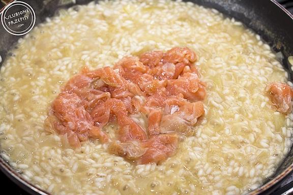 Risotto z wędzonym łososiem
