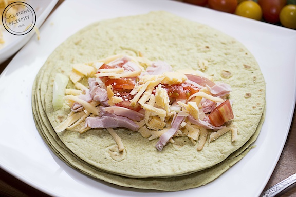 Tortille zapiekane pod beszamelem