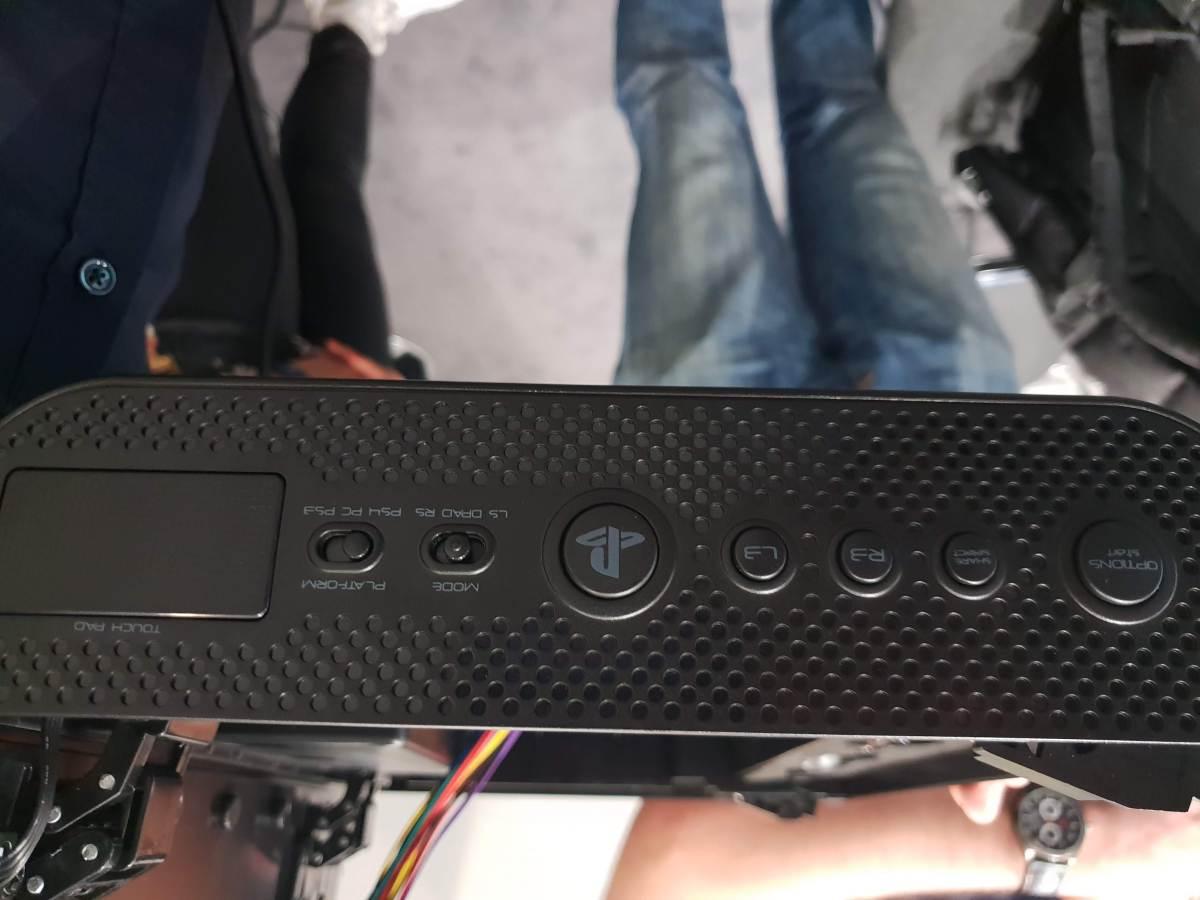 nacon Daija Arcade Stick side view
