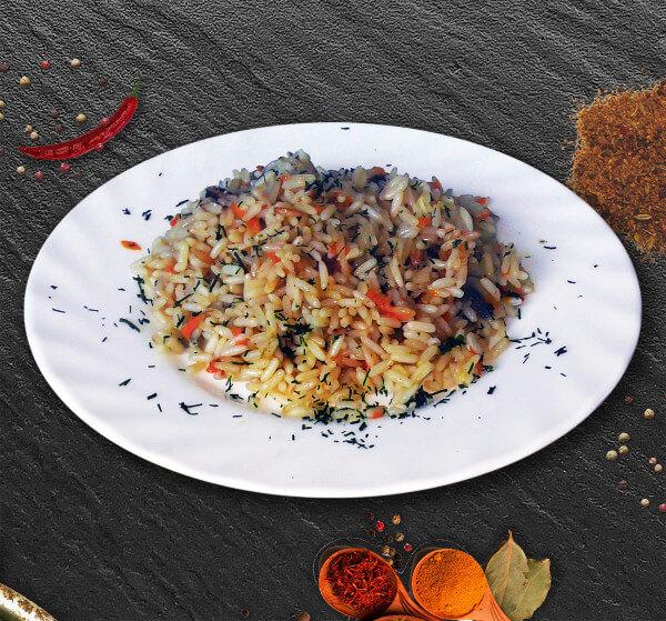 Plov – ein orientalisches Reisgericht
