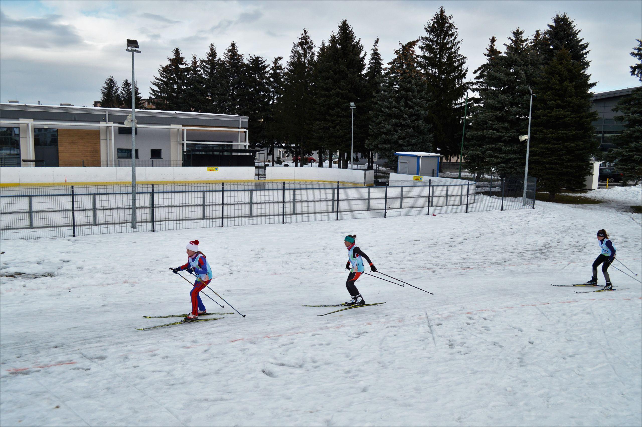 Zawodniczki podczas biegu