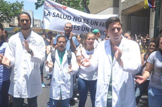 Los médicos han protagonizado protestas ante el deterioro del servicio de salud. Foto: Ernesto García/Cortesía