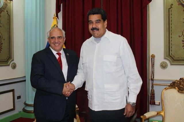 El secretario general de Unasur, Ernesto Samper, ha ofrecido apoyo al presidente Nicolás Maduro. Foto: Cortesía Unasur