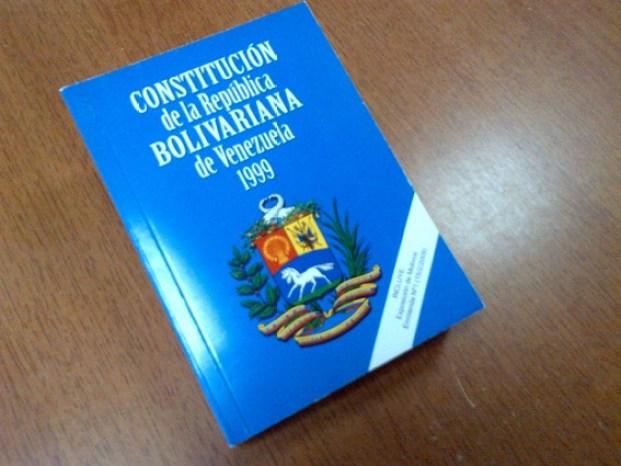 Derecho Y Revés Cómo Se Redactó La Constitución De 1999