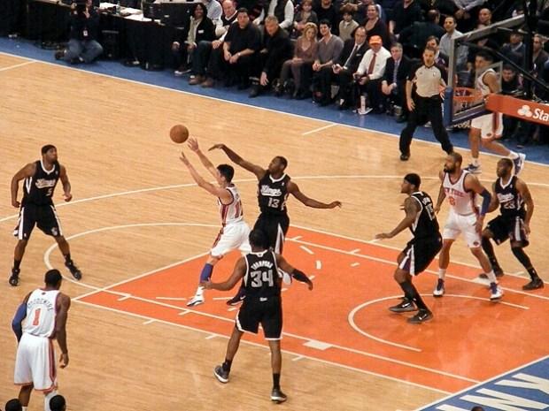 Desde que se mudaron a Sacramento los Kings no han alzado el campeonato. Foto: photo credit: MattBritt00 New York Knicks vs. Sacramento Kings 2.15.12 via photopin (license)