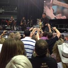 the Born To Run crowd guitar jam