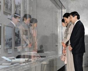 皇太子ご一家昭和記念館をご訪問