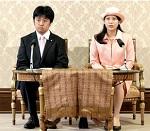 千家国麿氏と典子さまご婚約会見