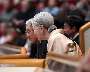 2017年大相撲初場所観戦の天皇皇后両陛下.その2jpg