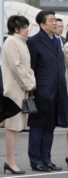 安倍首相夫妻