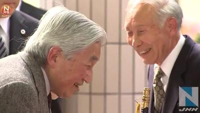 下田駅で天皇陛下