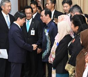 広島で被爆したマレーシア人と面会した皇太子殿下