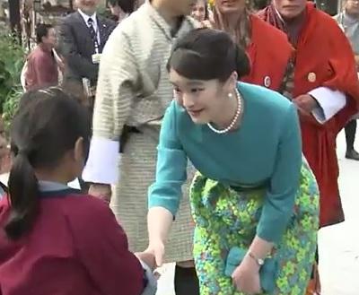 日本週間における眞子さまの洋服