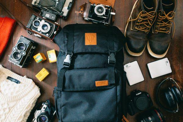 como arrumar a mochila de viagem de forma leve e funcional com menos de 10kg