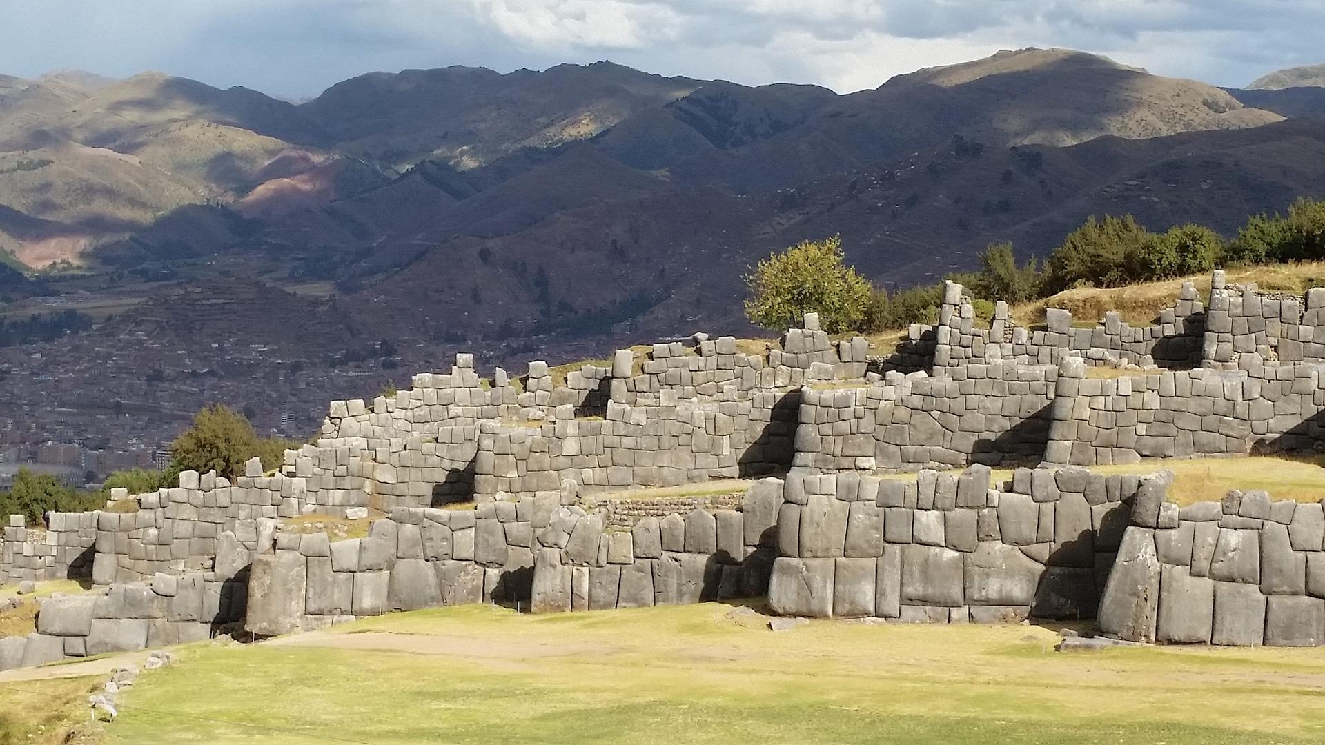 Sacsayhuaman - Valle Sagrado dos Incas
