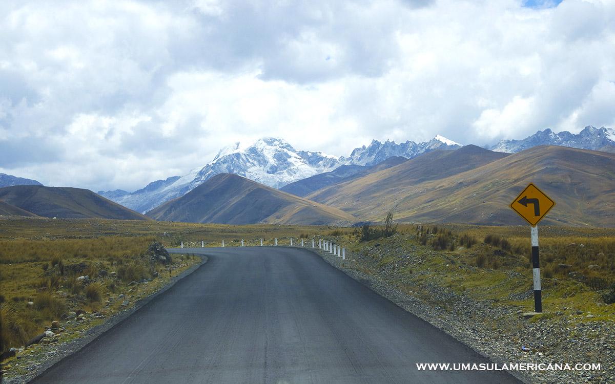 Viajar de ônibus pelo Peru - Estradas do Norte, entre Caraz e Huaraz
