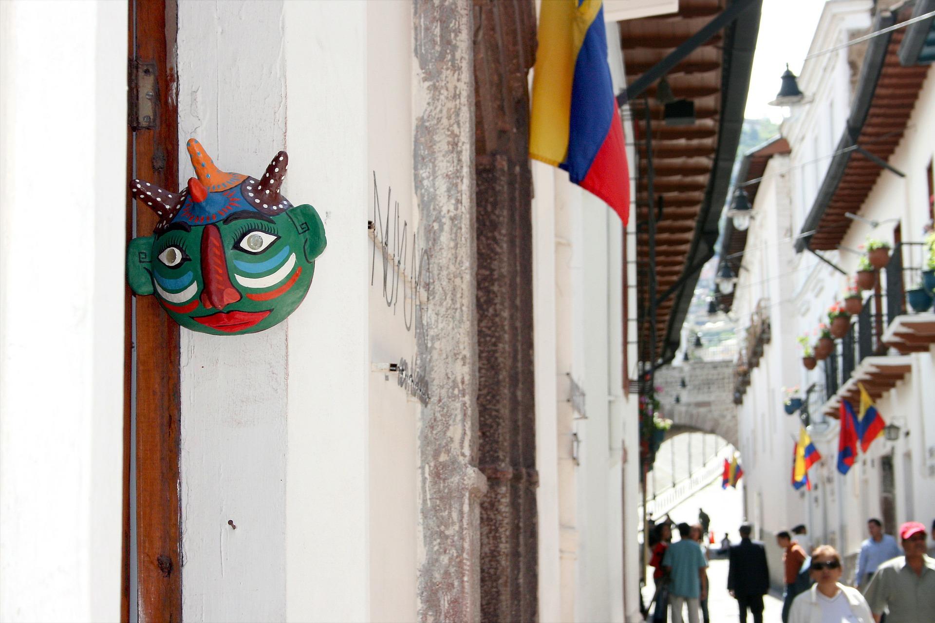 Quito - Qual país morar com o visto do Mercosul