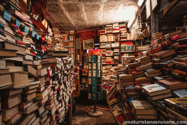Livraria Acqua Alta em Veneza