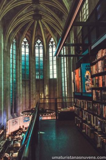 Selexyz Dominicanen - livraria na Holanda - Maastricht 5