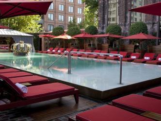 onde ficar em Buenos Aires - Piscina do Hotel Faena