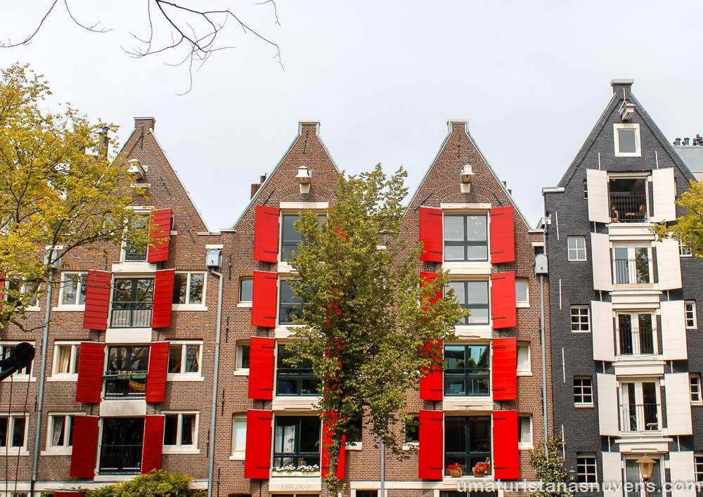 O que fazer no bairro Jordaan em Amsterdam - janelões típicos