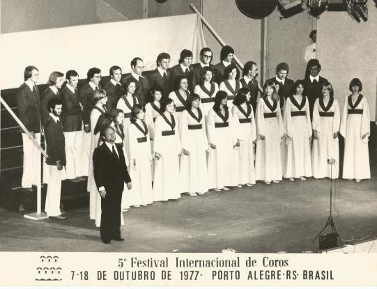Festival Internacional de Coros de Porto Alegre. Maestro Nestor Wennholz. – 1977