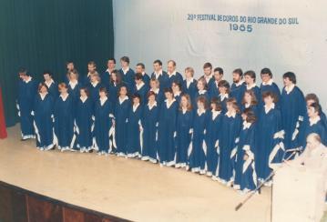 Festival de Coros do RS. Maestro Nestor Wennholz - 1985.