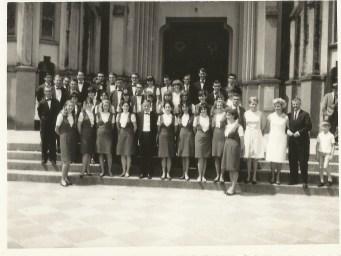 Em frente à Igreja de Santa Cruz do Sul. Novembro de 1966. Maestro Aloisius Staub