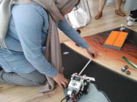 Programmierübungen mit LEGO-Mindstorms-Robotern
