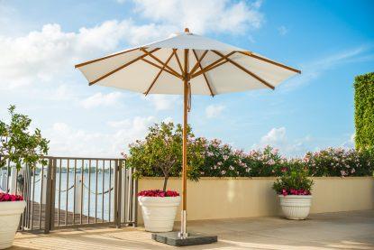 Round Levante Patio Umbrella