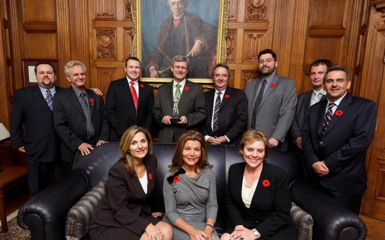 UMD Meets Canadian Prime Minister Stephen Harper; Presents Goce Delchev Award