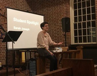 Sophomore Sarah Joseph talks to the Baptist Collegiate Ministries club about Passover. Savannah Williams/Mitzpeh.