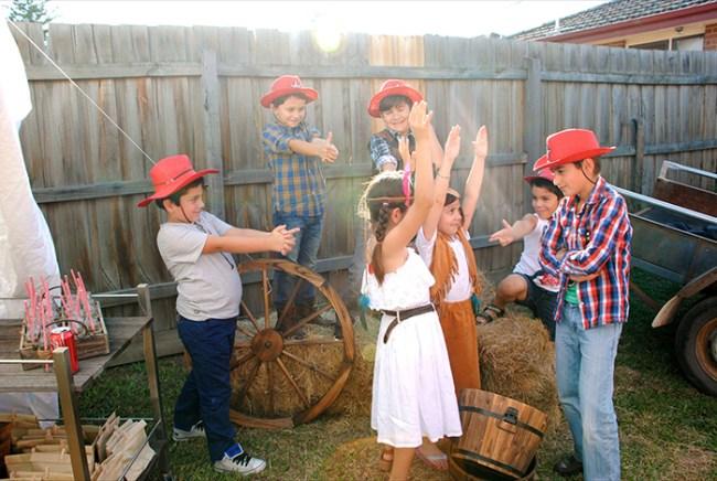 um-doce-dia-cowboys-e-nativos-americanos-13