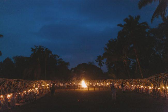 um-doce-dia-casamento-em-bali-indonesia-banyan-43