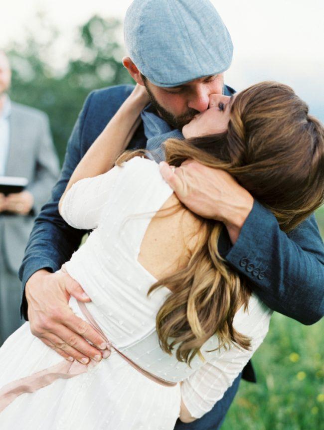 um-doce-dia-casamento-renovando-os-votos-nina-e-wes-na-noruega-20