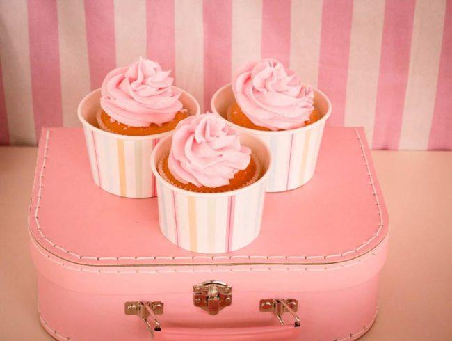 um-doce-dia-festa-um-pouco-de-sorvete-cor-de-rosa-04