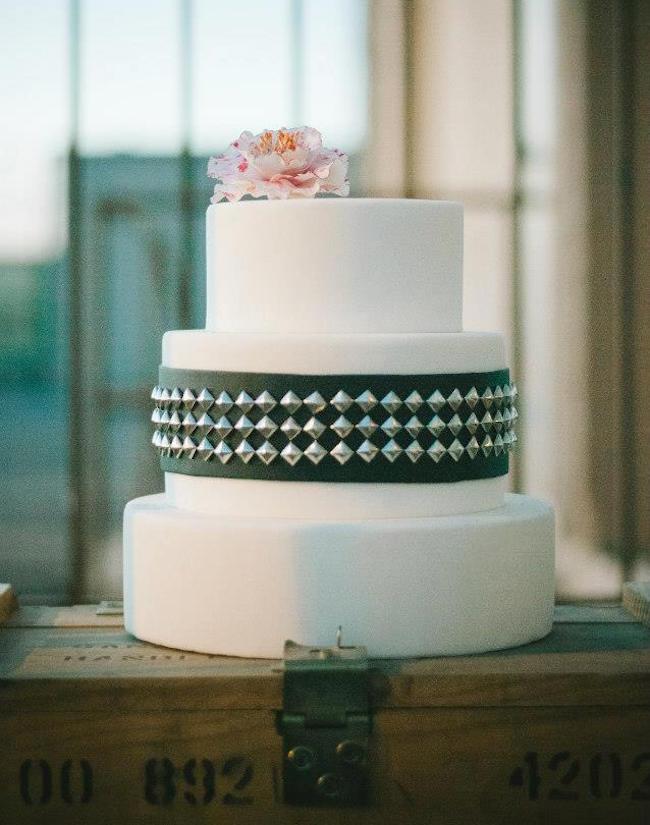 um-doce-dia-casamento-rock-dramatico-e-edgy-30