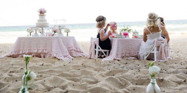 um-doce-dia-um-cha-da-tarde-para-meninas-na-praia-10