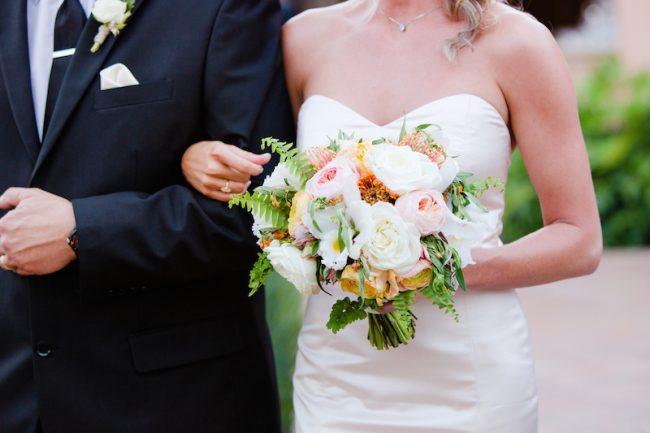 um-doce-dia-casamento-verao-pineapple-18