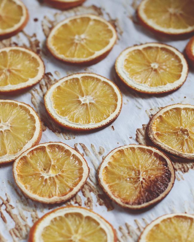 um-doce-dia-como-fazer-laranjas-desidratadas-04