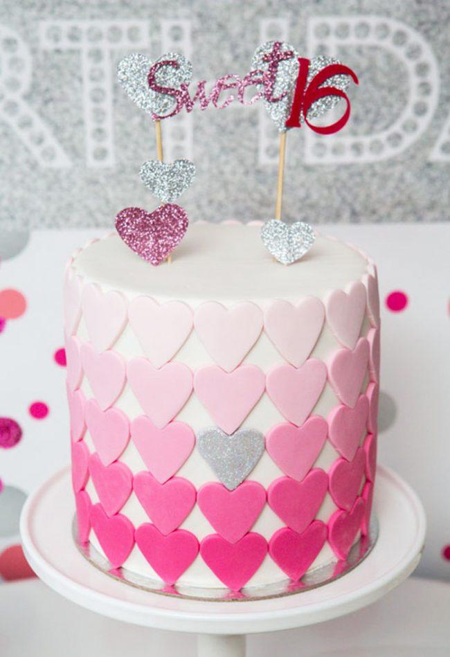 um-doce-dia-festa-de-adolescente-coracao-rosa-03