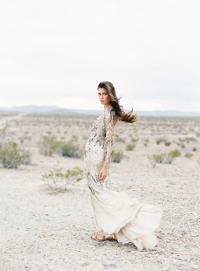 um-doce-dia-casamento-vestidos-monique-lhuillier-o-deserto-e-os-vestidos-geometricos-05
