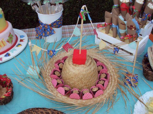 um-doce-dia-decoracao-festa-junina-olha-a-chuvaaaa-e-mentiraaaa-03