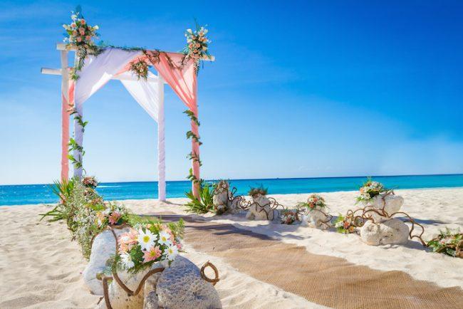 um-doce-dia-casamento-dos-sonhos-westwing-praiano-01