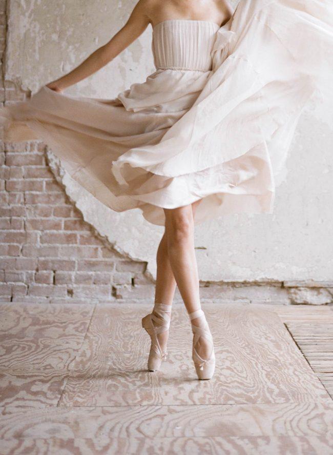 um-doce-dia-noiva-boudoir-o-romance-da-danca-02