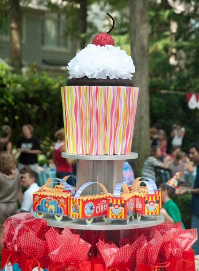 um-doce-dia-festa-infantil-gemeos-circo-no-quintal-13