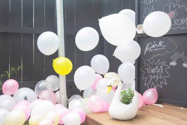 um-doce-dia-festa-infantil-menina-brincando-de-casinha-01