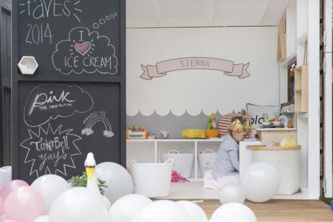 um-doce-dia-festa-infantil-menina-brincando-de-casinha-03