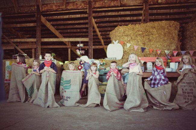 um-doce-dia-festa-de-aniversario-brincando-de-ser-fazendeiro-31